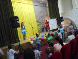 1 июня в филиале ОмГПУ г. Тара был организован концерт для жителей Украины